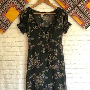 Floral summer dress puffy sleeves